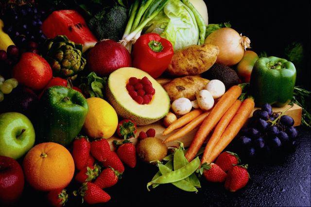 Φρούτα και λαχανικά Nα τα πλύνω ή να τα καθαρίσω; Fruits-and-vegetables2-saidaonline